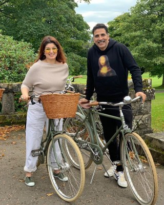 Akshay Kumar's quirky birthday note for wife Twinkle