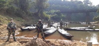 BSF seizes 58 B'deshi boats smuggling 45,000 kg dry peas