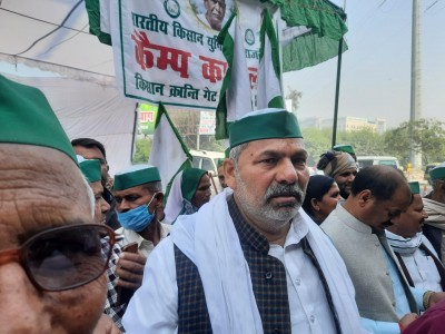 Begin hunger strike from wherever you are, farmers' leaders told