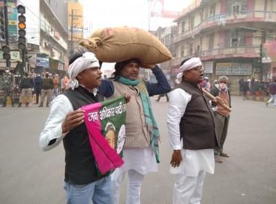 Bharat Bandh: Opposition parties disrupt traffic in Patna