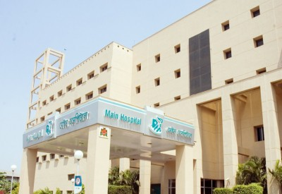 CCMB, Apollo Hospitals collaborate for manufacturing dry swab testing kits