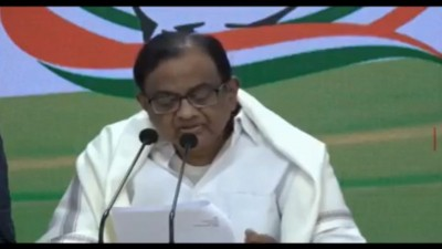 Chidambaram demands cash transfer for those grappling with economic hardship