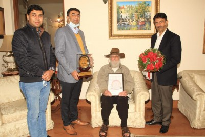 Col Gill, who served in three forces, felicitated