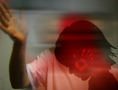 Cong ex-minister's daughter claims being beaten by father, DCW rescues her