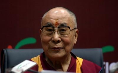 Dalai Lama congratulates Maha teacher who won global prize