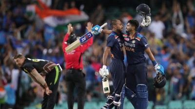 Dhawan, Kohli, Pandya help India complete big chase, win series