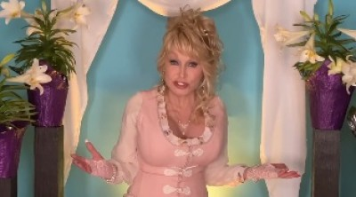 Dolly Parton wants Beyonce to cover her all-time hit, Jolene