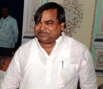 ED raids ex-Minister Prajapati's house, other premises in UP