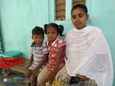Eluru mystery illness: Where can we go, asks mother of two