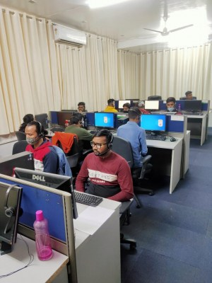 Fake call centre duping US nationals busted, 2 held