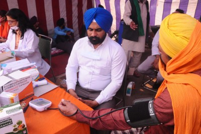 Farmers avail of free medical help at Singhu border