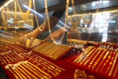 Gold, silver futures rise as Trump signs Covid relief package