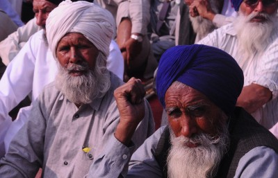 Govt asks farmers to share their specific issue by Wednesday