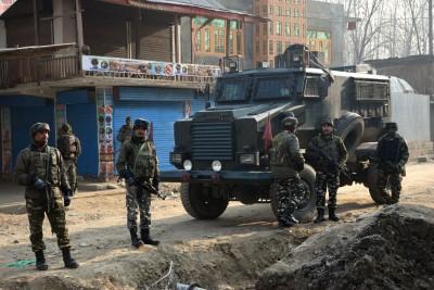 Gunfight breaks out in Kashmir's Baramulla district