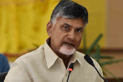 How can YSR statue be installed with Central funds: Naidu