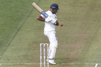India win second Test by eight wickets, level series