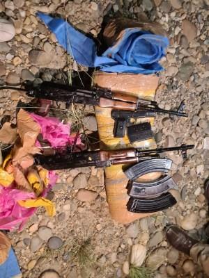 J&K SPO who had escaped with 2 AK-47 rifles nabbed