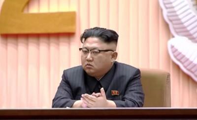 Kim Jong-un visits mausoleum to mark father's death anniversary