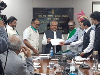 Kisan Sena warns of bigger protest if farm laws repealed