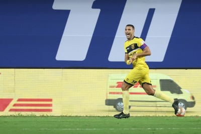Late goals help Goa beat Hyderabad 2-1 in ISL