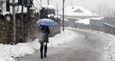 Leh freezes at minus 11.9, Gulmarg shivers at minus 5.2