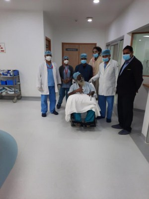 Mahant Nritya Gopal Das discharged from hospital