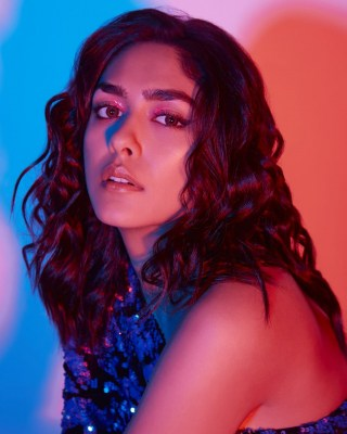Mrunal Thakur excited about her roster of films in 2021