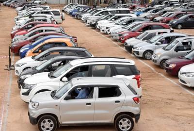 Nov YoY passenger vehicle sales rises, but car off-take down 2.77% (Roundup)