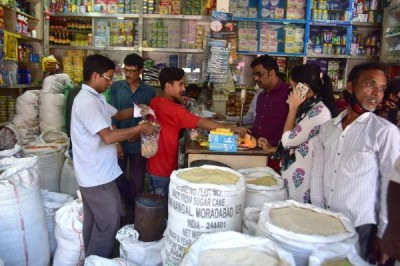 November retail inflation eases to 7%, food prices cool down (Roundup)
