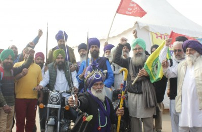 On 11th day, Singhu protest site turns into 'Mini Punjab'