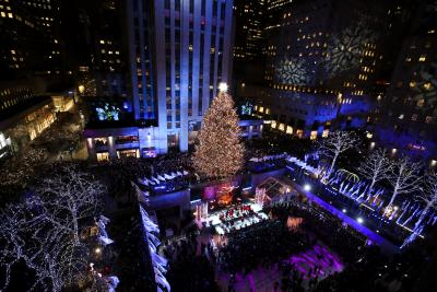 Over 100,000 New Yorkers suffer from power loss on Christmas