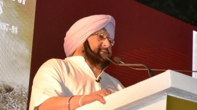 Punjab CM announces Rs 5L each for farmers who died during stir
