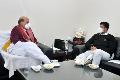 Rajnath and Dushyant Chautala hold talks on farmers agitation