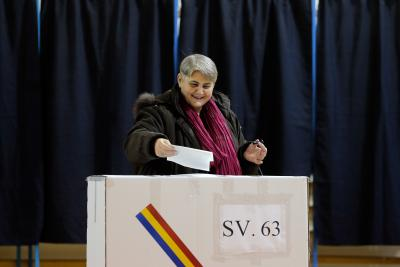 Romania's main opposition scores best in parliamentary polls: Exit polls