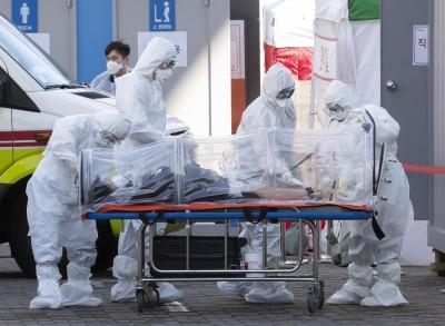S.Korea reports 985 new Covid-19 cases