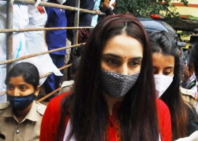 Sandalwood drugs case: SC notice on Ragini Dwivedi plea