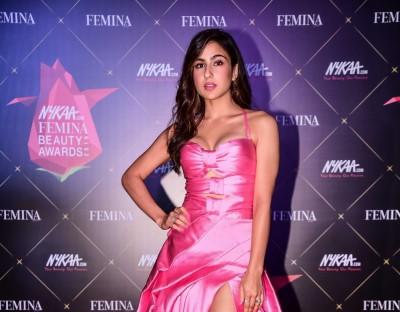 Sara Ali Khan: Trying to copy Karisma Kapoor wouldn't be fun and wouldn't be possible
