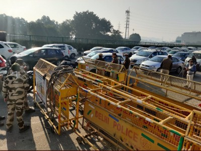Security beefed-up as over 2K farmers reach at Hry-Raj border