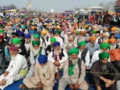 Sixth round of Govt-farmers talks on Tuesday, repeal of 3 laws is key demand