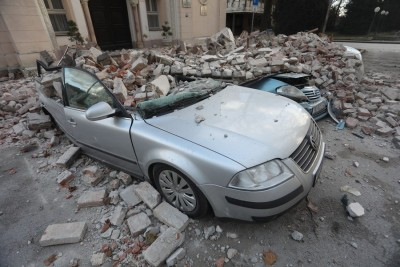Strong aftershocks jolt Croatia as rescue efforts continue