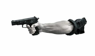 UP cop shoots man for resisting his misbehaviour
