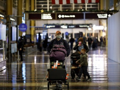 US CDC to require negative Covid-19 test from UK air travellers