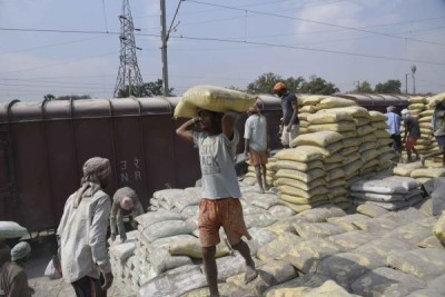 UltraTech Cement considers raising Rs 1,000cr via NCDs