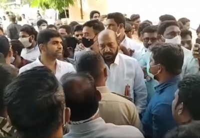 Viral rumours spark dramatic scenes between political rivals in Andhra