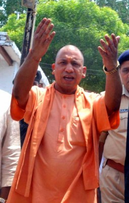Yogi to give low-cost flats to 1,040 urban poor