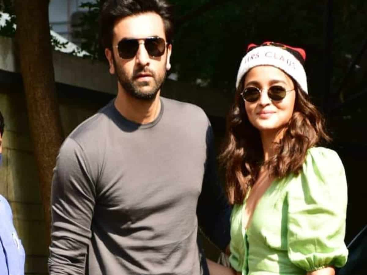 Ranbir Kapoor, Alia Bhatt to get engaged in Rajasthan: reports