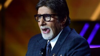 Amitabh Bachchan apologises to a female fan on Twitter, here's why
