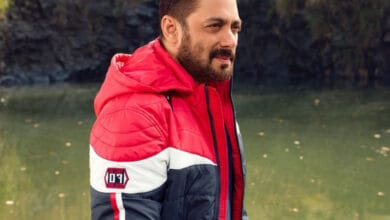 #10DaysToGo: Ardent fans begin count down ahead of Salman Khan's birthday