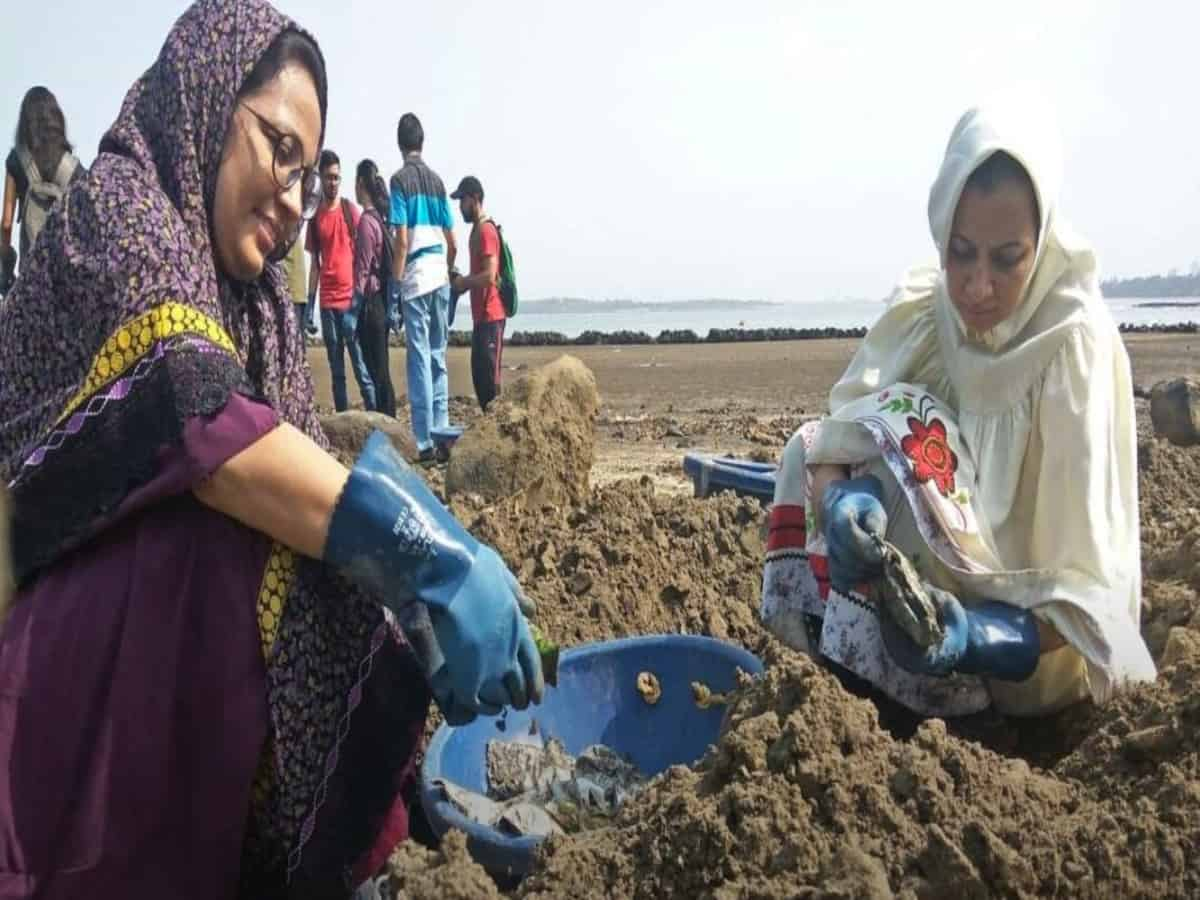 Two Bohra teachers in Andheri pack a punch against plastic pollution