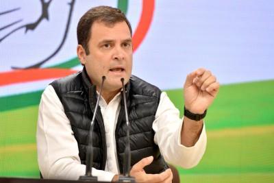Rahul denounces violence, demands withdrawal of farm laws